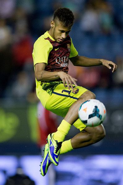 Neymar+JR+CA+Osasuna+v+FC+Barcelona+La+Liga+ymU4nFIqwCOl