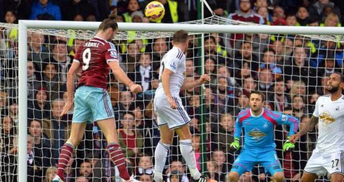 west-ham-swansea-andy-carroll-goal_3237944