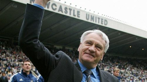 Newcastle manager Bobby Robson salutes the crowd after the FA Barclaycard Premiership match against West Ham at Newcastle's St James's Park stadium. THIS PICTURE CAN ONLY BE USED WITHIN THE CONTEXT OF AN EDITORIAL FEATURE. NO WEBSITE/INTERNET USE UNLESS SITE IS REGISTERED WITH FOOTBALL ASSOCIATION PREMIER LEAGUE.