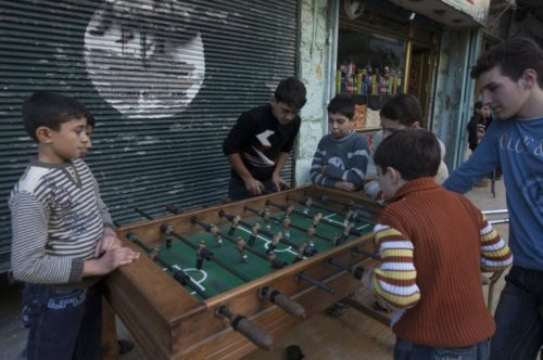 isis-fatwa-table-football-beheaded-figures