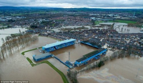 2F1D88FF00000578-3348001-Carlisle_United_Football_Club_s_stadium_Brunton_Park_remains_und-a-9_1449464024631