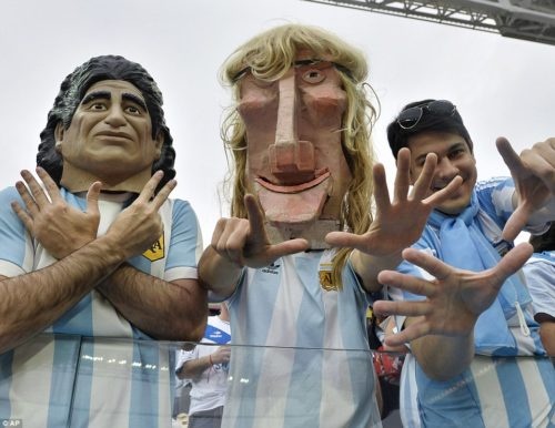 Argentina_supporters_wear