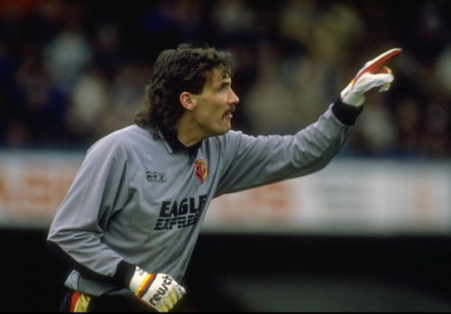 1988: Watford goalkeeper Tony Coton indicates to team mates during a Barclays League Division One match against Chelsea at Stamford Bridge in London. The match ended in a 2-2 draw. Mandatory Credit: David Cannon/Allsport